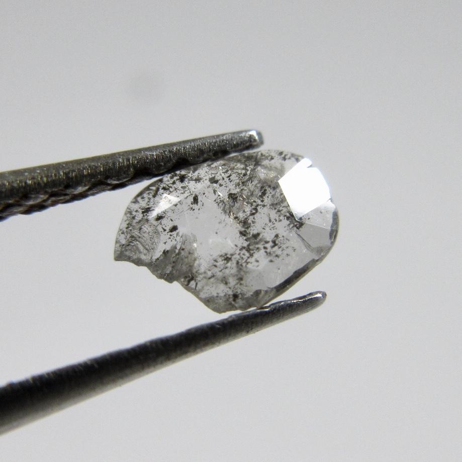 フラットカットのダイヤモンド