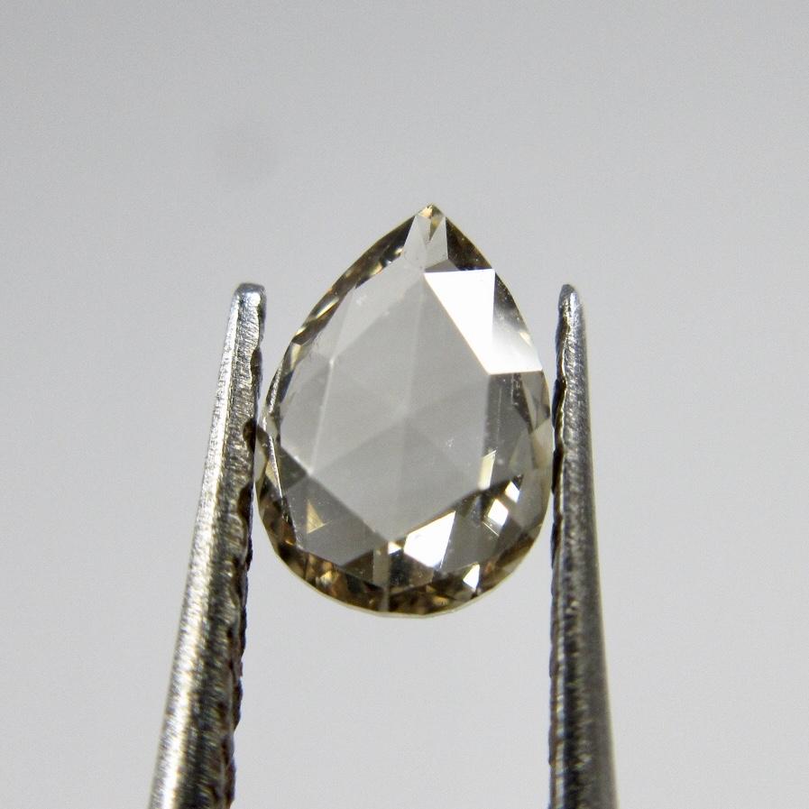 ファンシーカットのブラウンダイヤモンド