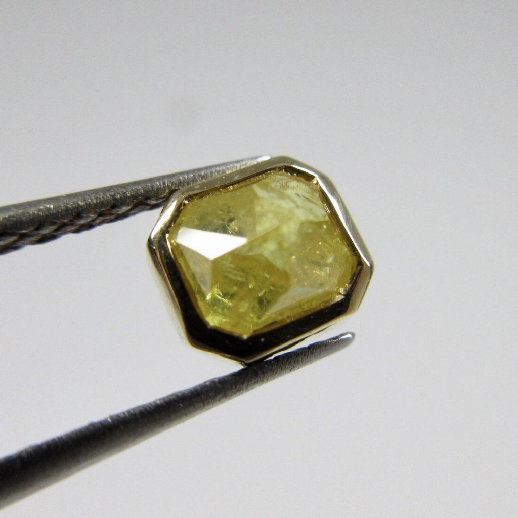 ナチュラルダイヤモンド(18Kフレーム)