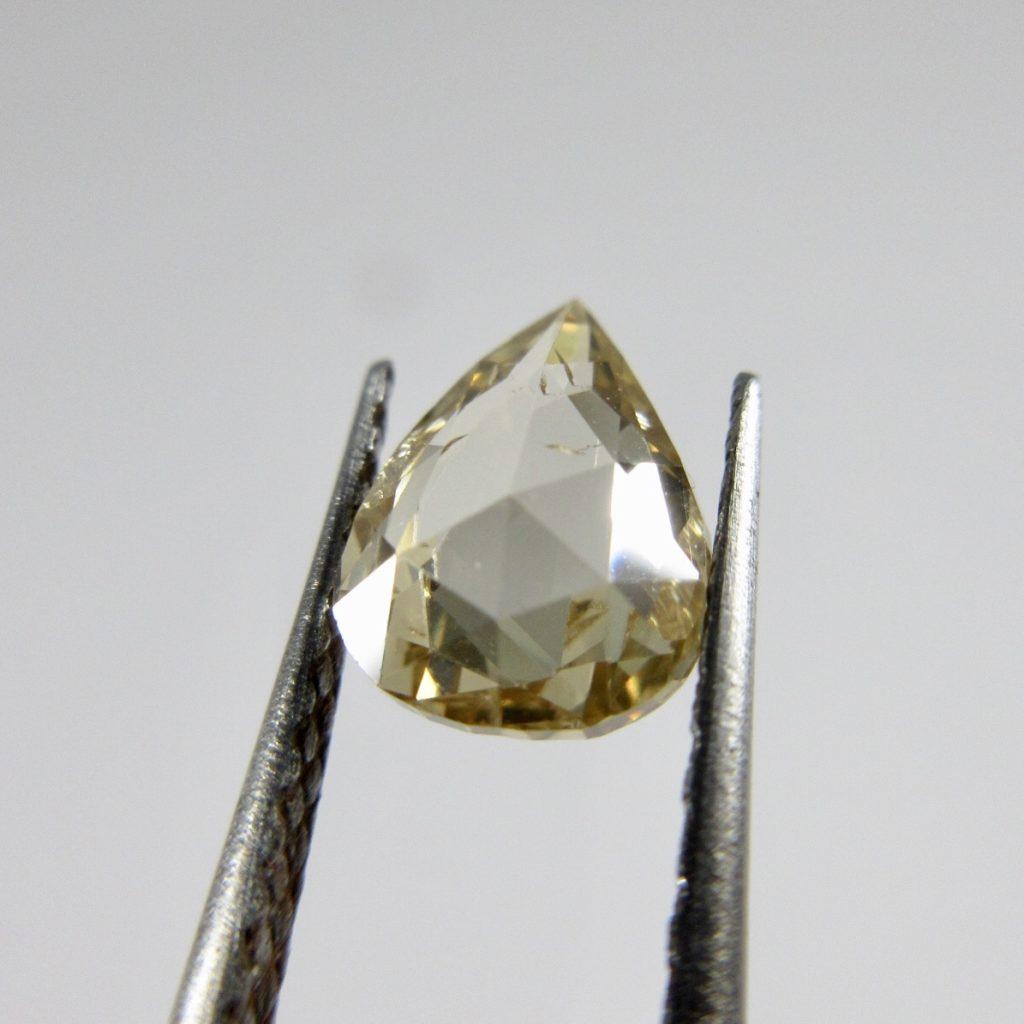 ファンシーカットダイヤモンド